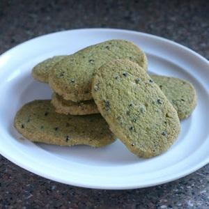 Bánh quy mè đen trà xanh