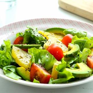 Cách làm Salad Bơ Cam đơn giản, giúp giảm cân và đẹp da