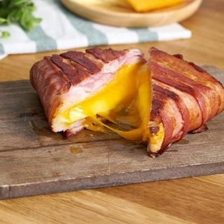 Cách làm Bacon Cuộn Sandwich Phô Mai Chiên béo ngậy