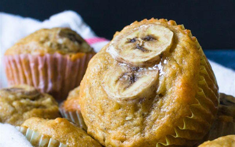 Cách làm Bánh Muffin Chuối Dừa Hạt Macca thơm ngon