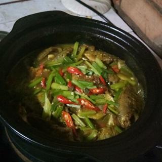 Cách làm Cá Rô Phi Kho Nghệ Cay Thơm cho bữa cơm gia đình
