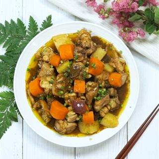 Cách nấu Cà Ri Gà đậm đà, thơm lừng ăn là ghiền ngay