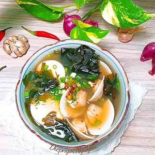 Cách làm Canh Miso Nghêu cực mát lành cho bữa cơm gia đình