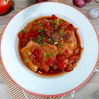 Cách làm Thịt Heo Hầm Cà Chua thơm ngon đổi món cho cả nhà