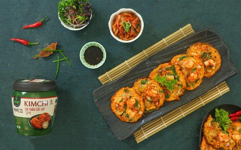 Cách Làm Bánh Xèo Kim Chi Hải Sản Hàn Quốc Thơm Ngon