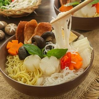 Cách Nấu Hủ Tiếu Mì Chay Thanh Đạm Cho Ngày Ăn Chay
