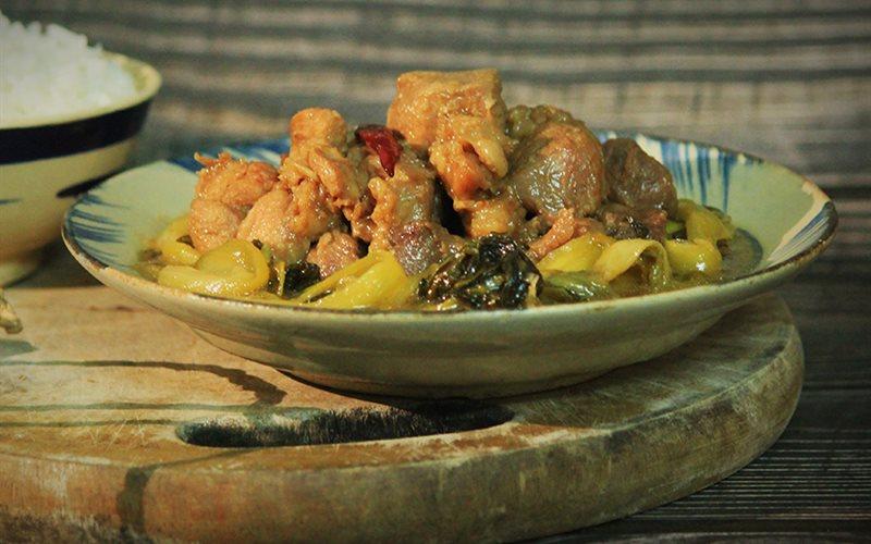 Cách Làm Thịt Nạc Dăm Kho Dưa Cải Chua Đơn Giản