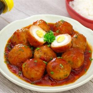 Chả cá bọc trứng cút sốt cà chua