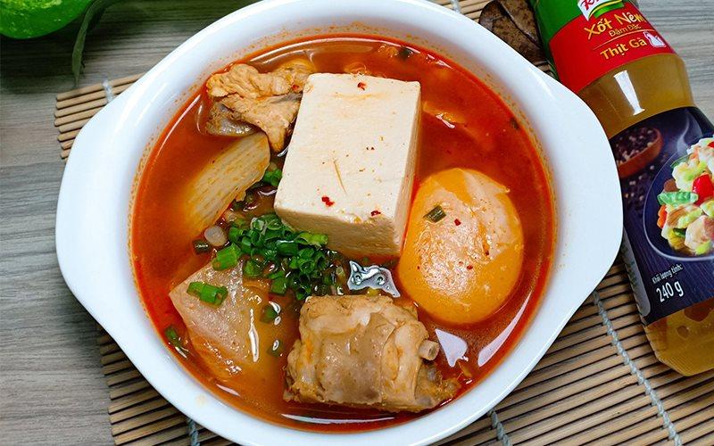 Cách Nấu Canh Kim Chi Thịt Gà Cay Thơm Nóng Hổi