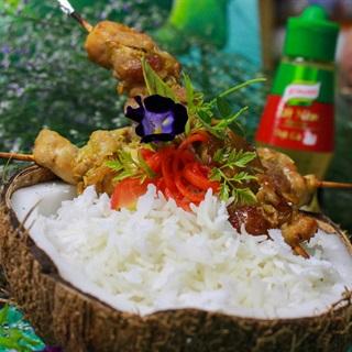 Cách Làm Cơm Dừa Non Gà Nướng Đổi Vị Cuối Tuần