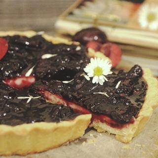 Cách Làm Bánh Tart Trứng Mứt Cherry Cực Hấp Dẫn