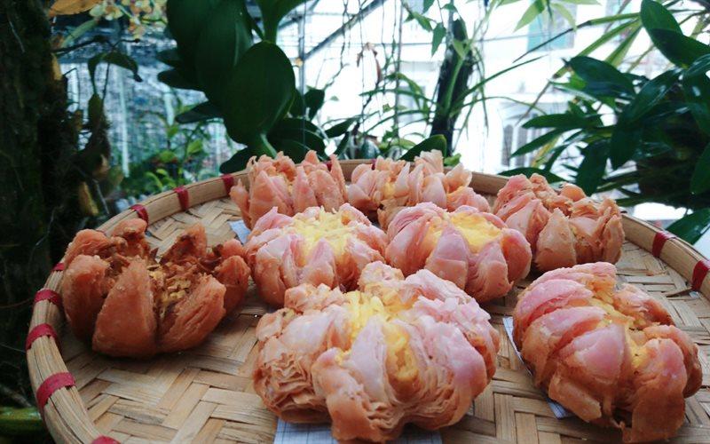 Cách Làm Bánh Trung Thu Hoa Sen Mới Lạ Ngon Miệng
