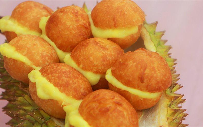 Cách Làm Bánh Su Chiên Nhân Sầu Riêng Kiểu Thái Siêu Lạ Miệng