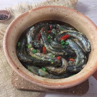Cách Làm Cá Kèo Kho Tộ Cay Đậm Đà Cho Bữa Cơm