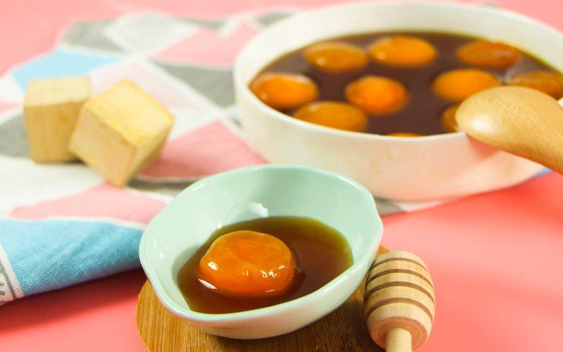 Cách Làm Trứng Gà Ngâm Mật Ong Thần Dược Sắc Đẹp