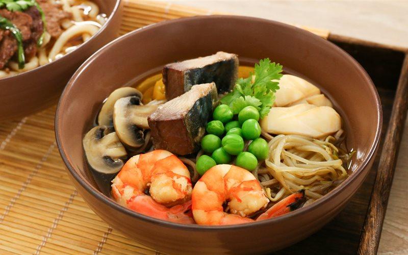 Cách Nấu Món Mì Soba Hải Sản Trứ Danh Của Xứ Sở Hoa Anh Đào