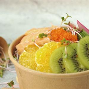 Salad trái cây cải cầu vồng sốt trứng cá chuồn