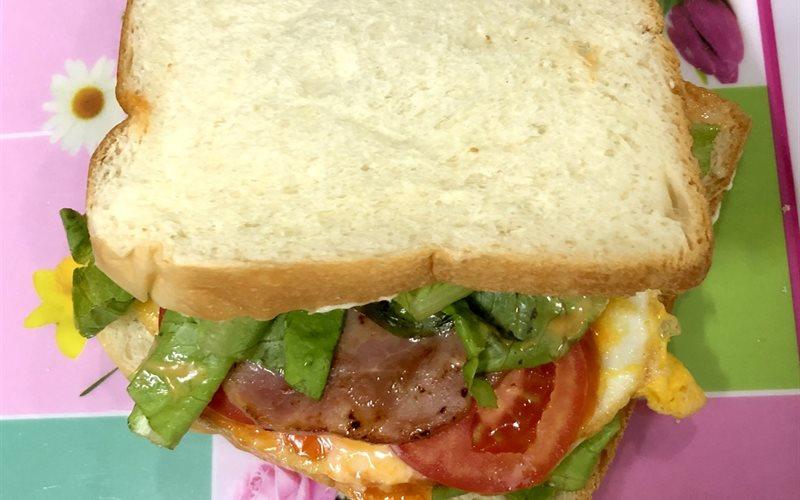 Cách Làm Sandwich Kẹp Jambon | Ăn Sáng Ngon Miệng