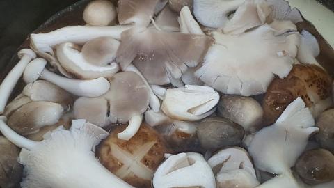 Bánh canh nấm