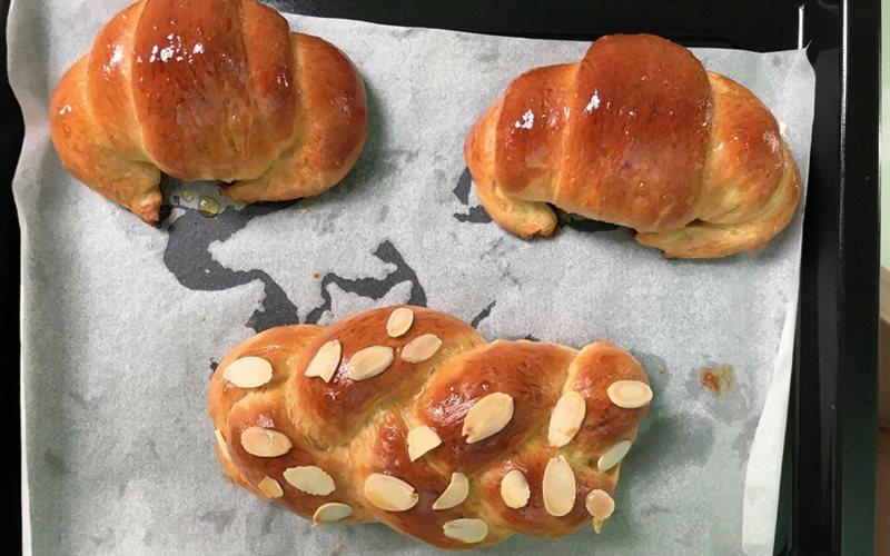 Cách Làm Bánh Mì Ngọt Mềm Ngon, Đơn Giản Tại Nhà