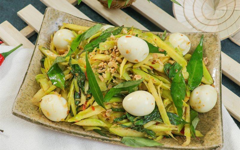 Cách Làm Món Cóc Trộn Trứng Cút Rau Răm Chua Cay Hít Hà