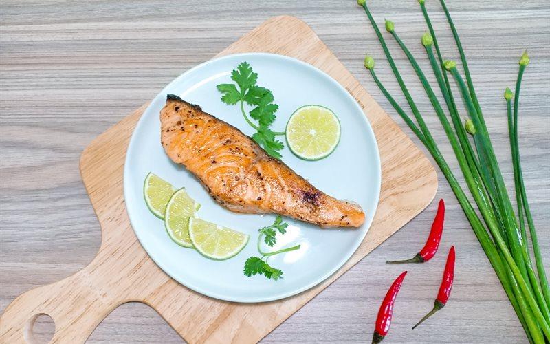 Cách Làm Cá Hồi Áp Chảo | Đơn Giản, Cực Thơm Ngon