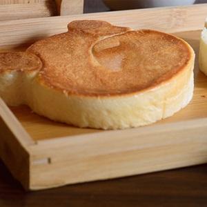 Bánh mì nướng hình gấu
