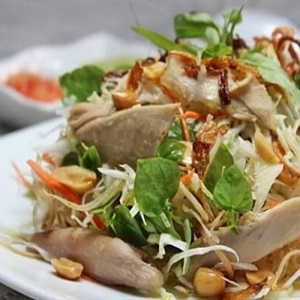 Salad thịt nướng - món ngon đãi tiệc