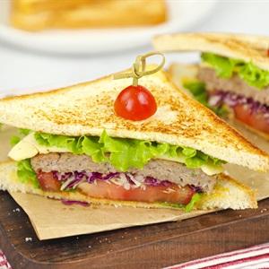 Bánh Sandwich Kẹp Thịt