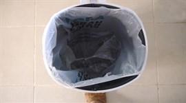 Tuyệt chiêu giữ túi rác không bị tuột