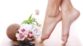 Mẹo trị nứt gót chân siêu hiệu quả bằng nguyên liệu thiên nhiên