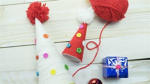 DIY - Hướng dẫn làm cây thông mini bằng len cho Giáng sinh